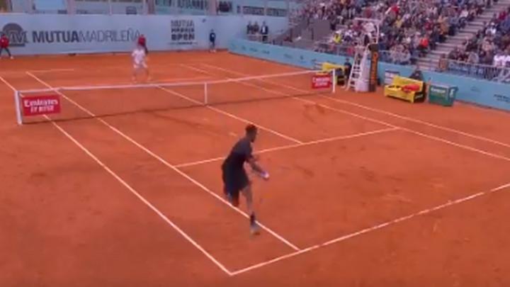 Ljubitelji tenisa, pažnja - imamo poen godine!