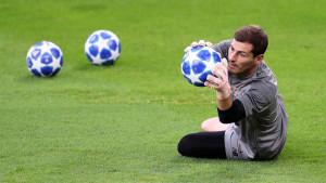 Casillas potpisao!