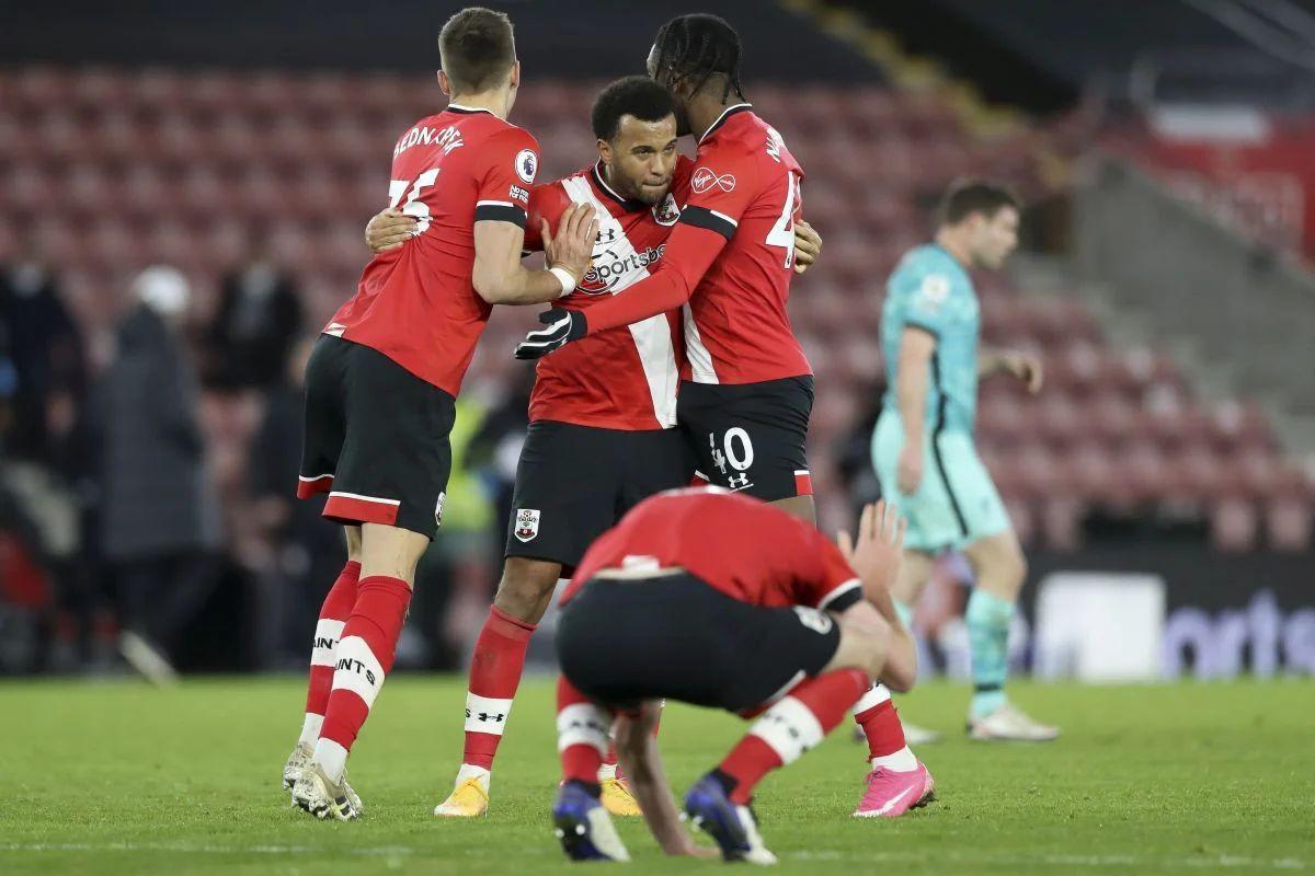 Igrač Southamptona protiv Liverpoola igrao pozitivan na Covid 19
