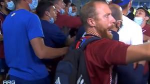 Obračun igrača pred utakmicu, a na terenu - haos