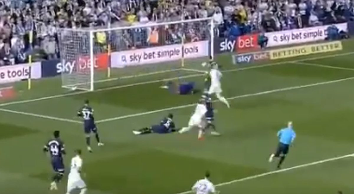 Spektakl na Elland Roadu: Leeds ispao, pa se vratio u utrku za finale play-offa!