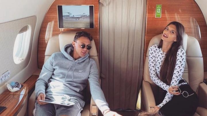 Matićeva supruga objavila fotografije iz privatnog aviona i pokazala sav luksuz koji imaju