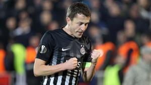Saša Ilić završio karijeru, a navijači Partizana priredili bakljadu koja će se pamtiti