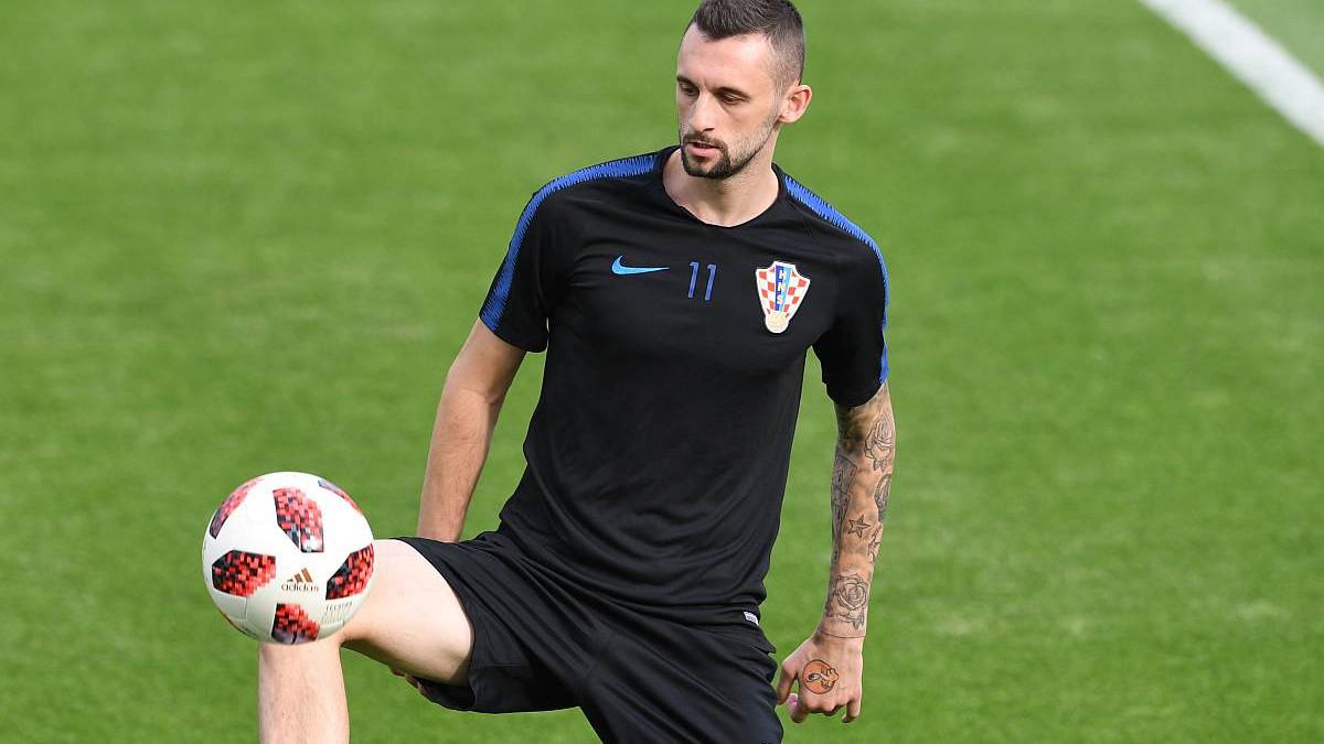 """Brozović promijenio imidž, saigrači jedva dočekali: """"Stavi kapu..."""""""