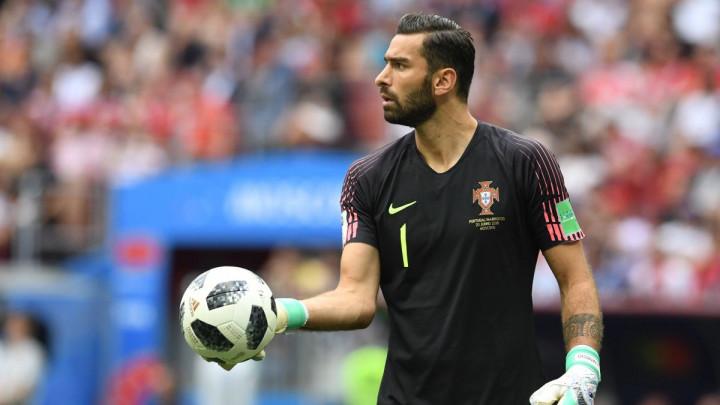 Doveli ga ko slobodnog igrača, ali sada moraju platiti 50 miliona eura?