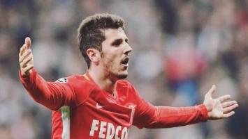 Monacu tek bod u Amiensu, Jovetić spašavao stvar