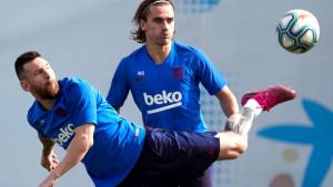 """Barcin defanzivac se oglasio: """"Nije istina da Messi i Griezmann nisu u dobrim odnosima"""""""