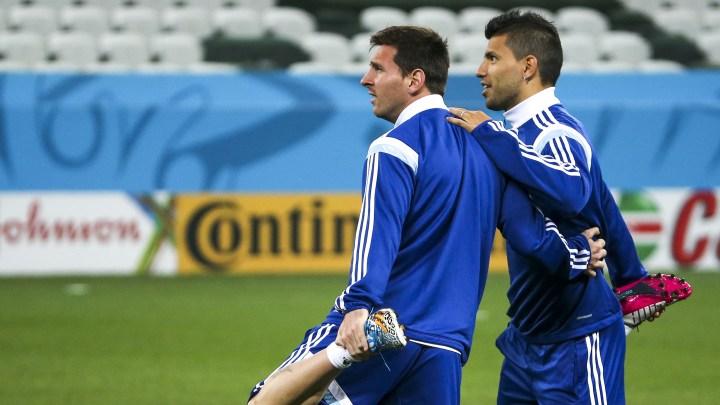 Aguero: Messi će teško doći u Manchester City