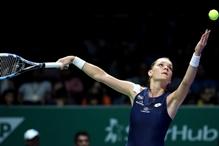 Radwanska u polufinalu završnog turnira