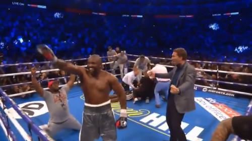 E, ovo je pravi boks: Chisora u brutalnoj borbi nokautirao Takama!