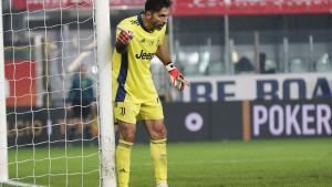 Fudbalska romantika prije penzije: Buffon ostaje na Apeninima