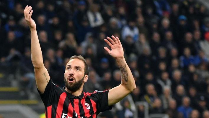Iz Juventusa potvrdili: Higuain ostaje u Milanu, važan im je!