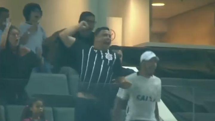 "Corinthians osigurao titulu, Ronaldo ""poludio"""