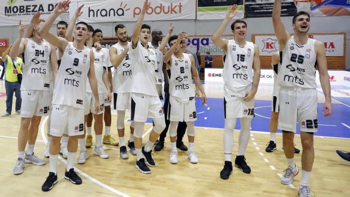 Partizan slavio protiv Trenta