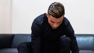 """Cristiano Ronaldo objavio novu fotografiju, a svi su gledali u njegove """"užasne"""" cipele"""