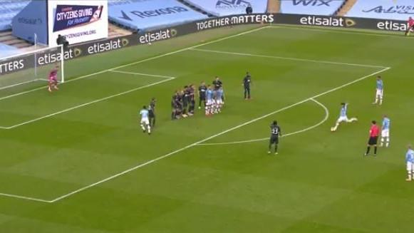 David Silva igra zadnju sezonu u Cityju, a večeras je postigao najljepši gol otkako je na Etihadu