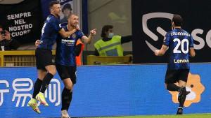 """I UEFA danas piše o Džeki: """"Jednostavno ne može prestati zabijati golove"""""""