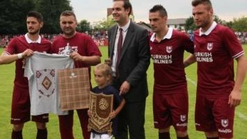Šampionski pokloni za Benku, Berberovića i Stojčeva