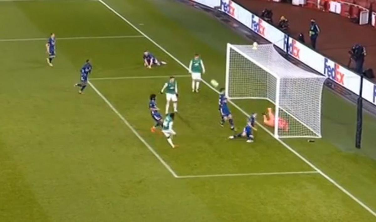 Kolašinac u dva navrata spektakularno odbranio gol Arsenala, a onda poludio na svoje saigrače