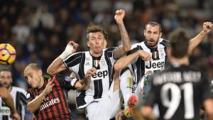 Borussia Dortmund ne misli stati sa pojačanjima: Pikiran Juventusov ratnik