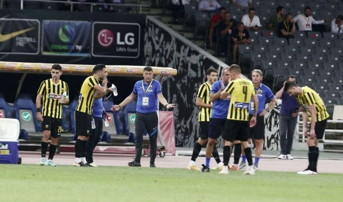Milojević nakon ispadanja od Veleža igračima AEK-a rekao dosta toga!