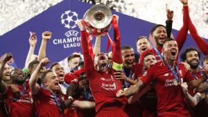 Liverpool može proslaviti titulu u 'starim' dresovima