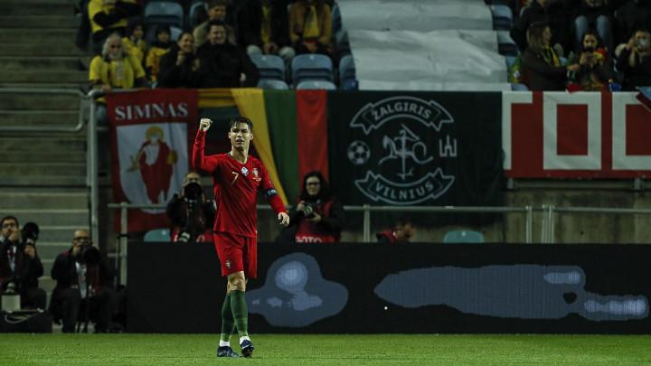 O Ronaldu možete misliti šta hoćete, ali na poluvremenu meča s Litvanijom je pokazao kakav je čovjek