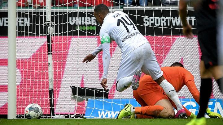 Borussija M'Gladbach bacila petardu za prvo mjesto Bundeslige!