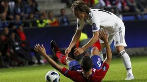 Počeo 'rat' Reala i Intera oko Modrića: Kraljevi se žale FIFA-i, iz Intera se odmah oglasili