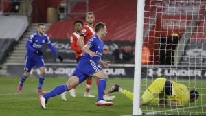 Leicester imao igrača više 80 minuta, ali nije uspio pobijediti na St. Mary'su