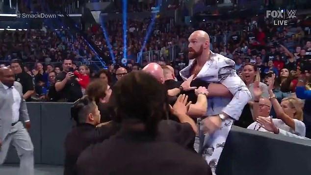 Tyson Fury došao među kečere, pa nastala velika gužva
