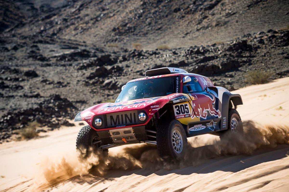 Počeo legendarni Dakar reli, prvi put se vozi u Saudijskoj Arabiji