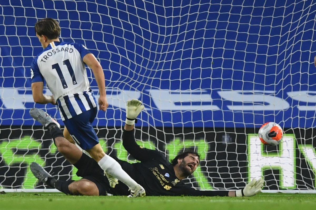 Internetom kruži hit fotografija Alissona Beckera koja pokazuje koliko mrzi primati golove