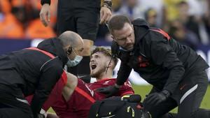 Liverpool mu važniji od svega: Elliottova fotografija iz bolnice oduševila navijače