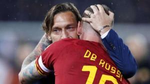 Totti odmah dobio ponudu, ali iz poštovanja prema Romi zatvorio je vrata za dva kluba
