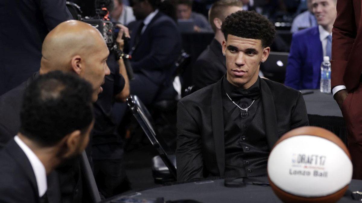 LaVar ucjenjuje Lakerse: Lonzo neće produžiti ugovor ako ne dođu njegova braća