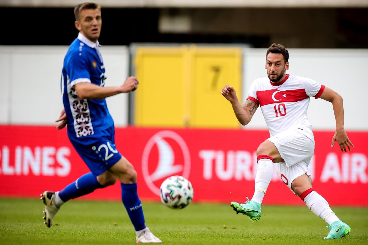 """Calhanoglu zabio nož u leđa navijačima Milana: """"Sutra stižem na potpis ugovora"""""""
