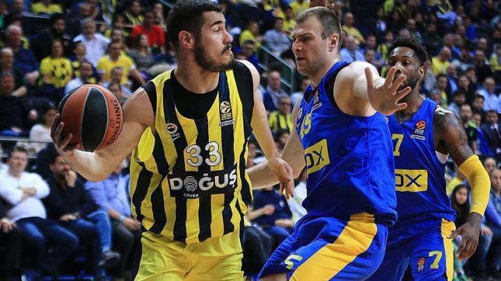 Nova loša partija i novi poraz Fenerbahcea, Maccabi uvjerljiv na svom terenu