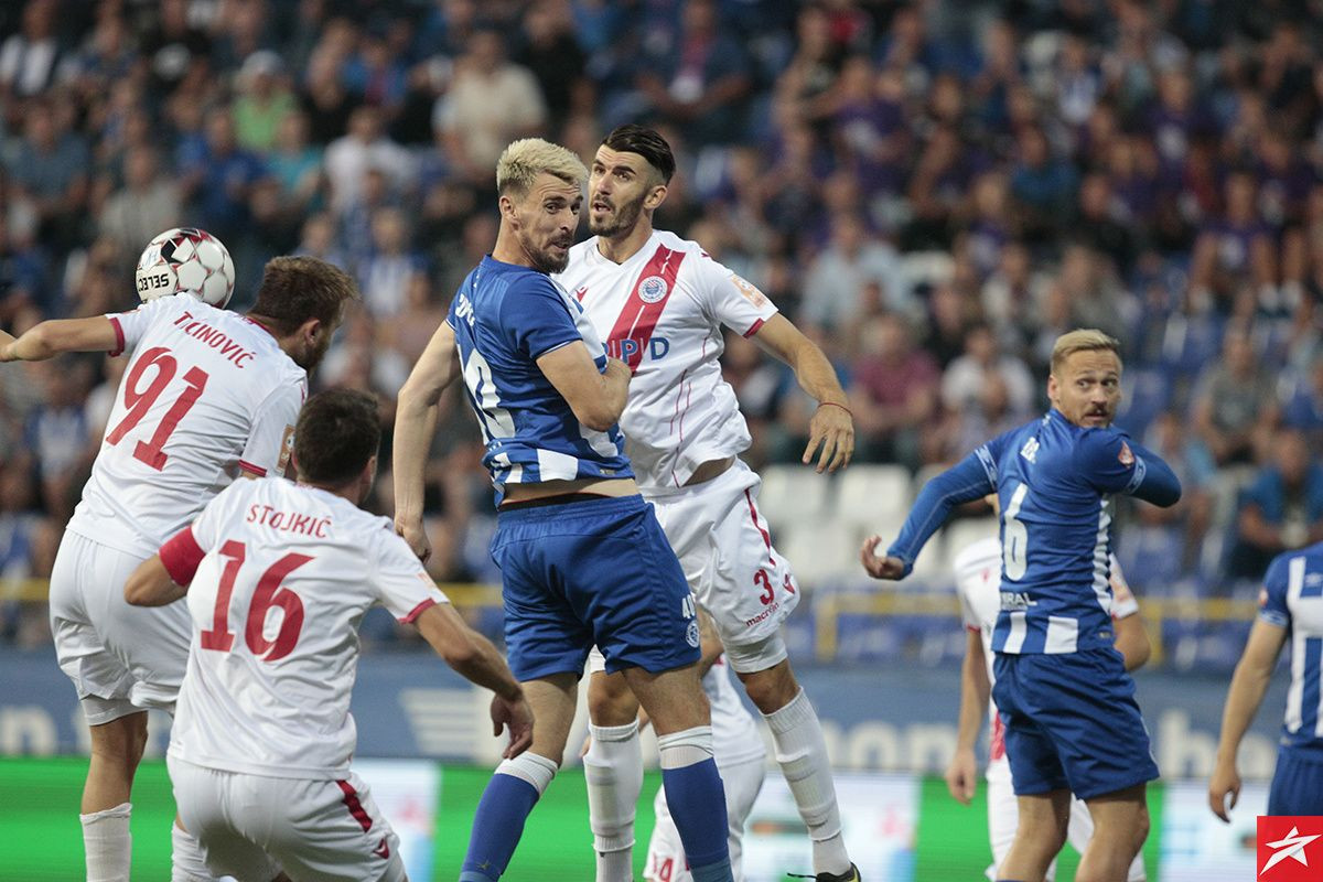 Osmanković potpisao za Lokomotivu, a Sipović mu ekspresno poslao orginalnu čestitku