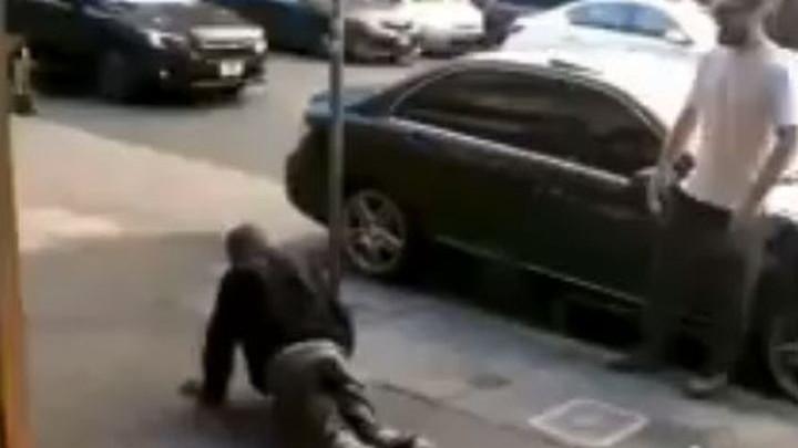 Khabib na ulicama New Yorka ismijavao beskućnike