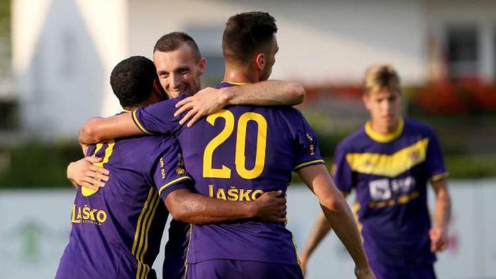 Mešanović ušao pola sata prije kraja, pa zabio dva gola za Maribor