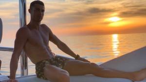 Ronaldo provocira na jahti: 'Izaberite šta vam je draže'
