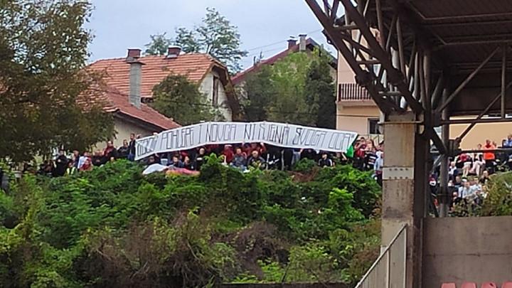 Transparent na Tušnju: Je li ovo poruka Zlatanu Naliću?