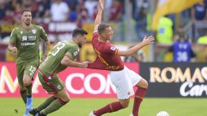 """VAR u 90. minuti """"ukrao"""" pobjedu Romi, Lazio pred kraj meča promašio penal za pobjedu"""