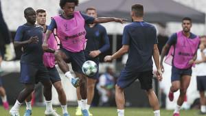 Juventus je naredne slobodne igrače pronašao u PSG-u i Chelseaju