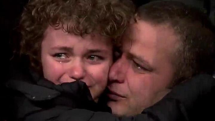 Fener se ponovo blamira: Otac i sin u suzama na tribinama, a tek smo na poluvremenu
