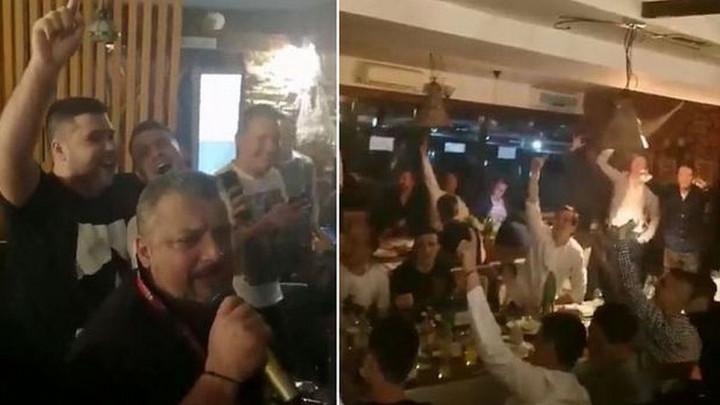 Veliko slavlje fudbalera Partizana nakon pobjede nad Zvezdom: Evo duša, evo telo...