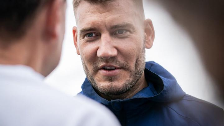 Bendtner izazvao haos: Nismo smjeli pustiti navijače