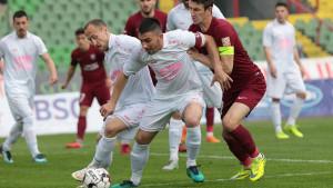 """""""Čekaj me, i ja ću sigurno doći"""": Igrači Jedinstva su jučer uzalud došli na stadion"""
