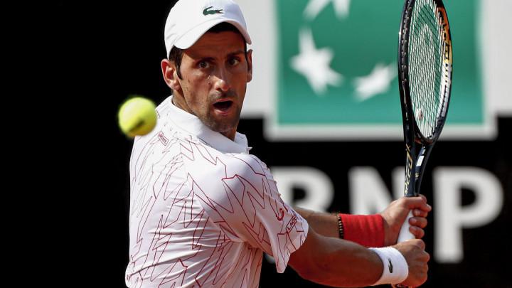 Novak Đoković se mučio, ali ipak ušao u polufinale Mastersa u Rimu